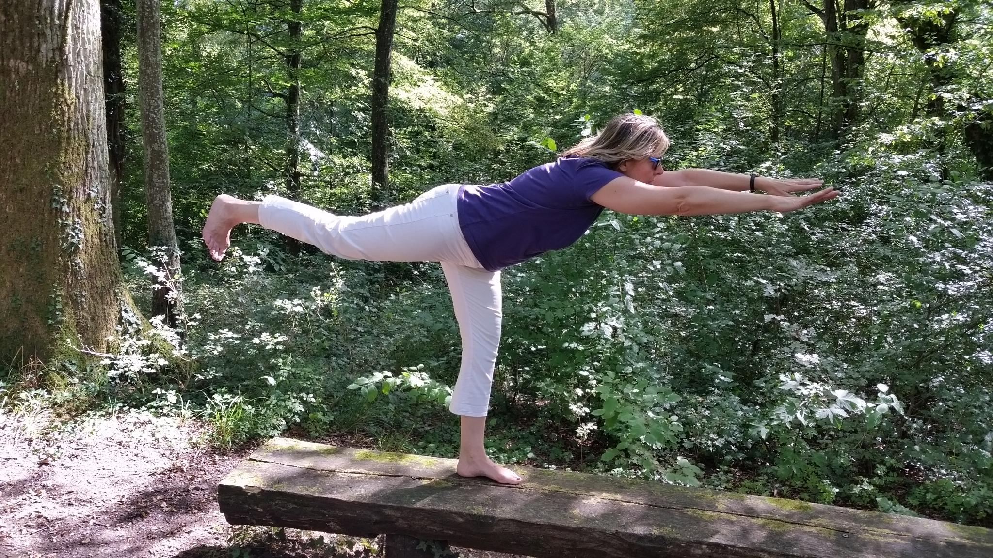 Gleichgewicht erfahren mit Yoga